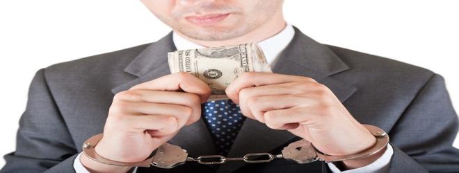 Случай на «Беларуськалии». Мужчина опоздал на работу — его начальник потребовал $1500, чтобы «замять» провинность